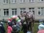 Dinozauras darželyje